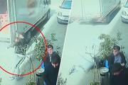 Yine aynı hata İstanbulda kamyonetin açık unutulan kasa kapağı, sokakta yürüyen kişiye çarptı