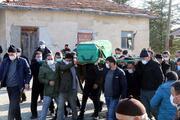 Otoparkta ölü bulunan 3 gençten Burak, Çankırıda toprağa verildi