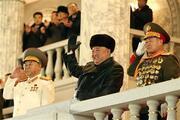 Kuzey Koreden devasa askeri geçit töreni