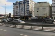İstanbulda metrobüste duygu sömürüsüyle dilencilik Durağın çatısına saklamış...