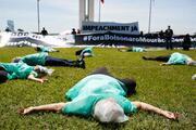 Brezilyada halk sokağa döküldü... Nefes alamıyoruz Bolsonaro, istifa et