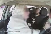 Taksici 4 bin doları böyle çaldı