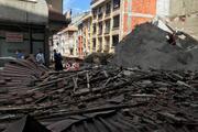 Son dakika... Zeytinburnunda 5 katlı bina çöktü
