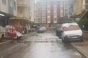 İstanbulda doluya karşı halı ve battaniye ile önlem aldılar
