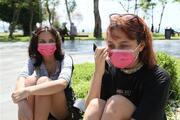 Antalyada sahilde iğrenç olay Kabindeki genç kızları görüntülerken yakalandı