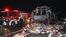 Düzcede otobüs, TIR'a çarptı: 2 ölü, 35 yaralı