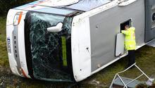 Almanya'da feci kaza Devrilen otobüste 2 öğrenci öldü