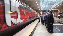 Demokrasi Treni yola koyuldu