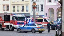 Cinnet mi, terör saldırısı mı: Arabayla kalabalığa daldı, 1i çocuk 4 kişi öldü