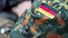 Alman ordusunda 8 aşırı sağ vakası daha