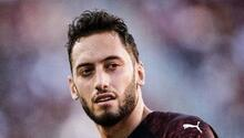 Milanda Hakan Çalhanoğlu için transfer zirvesi