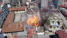 Son dakika... Kumkapıda büyük yangın Zaman zaman patlamalar da oluyor