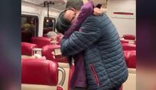 New York hızlı treninde sürpriz evlilik teklifi