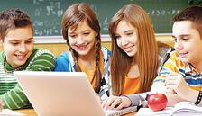 Öğrencilerine uzaktan eğitimle kodlama öğretiliyorlar