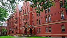 Harvard ve MIT yabancı öğrencileri için dava açtı