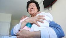 64 yaşında anne olmuştu... Hukuk savaşını kaybetti!
