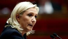 Aşırı sağcı Marine Le Pen adaylığını açıkladı