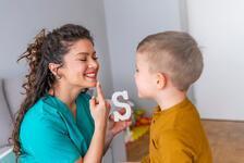Okumayı öğrenen çocuklar için evde harf çalışmaları