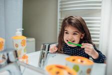 Salgın döneminde çocukların diş sağlığını ihmal etmeyin