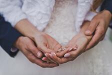 Evlenince Kadın Kendi Soyadını Kullanabilir mi?