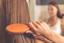 Saçların Yağlanmasına Neden Olan Besinler