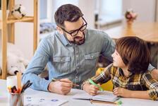 Erken yaşta iki dil öğrenmenin gelecekte olumlu etkileri olabilir