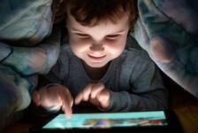 Teknoloji çağında çocuğu teknolojiden uzak tutmak çözüm değil
