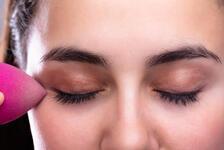 Kusursuz Fondöten İçin Beauty Blender Nasıl Kullanılır?