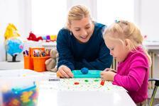 Oyun terapisi nedir, nasıl fayda sağlar?