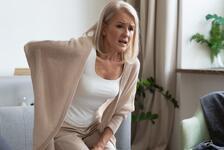 Osteoporoz (kemik erimesi) nedir, kimlerde görülür? Osteoporoz belirtileri ve tedavisi