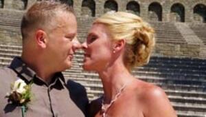 İngiliz çift Marmariste dünya evine girdi