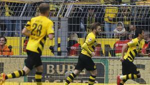 Dortmund ilk yarıda işi bitirdi
