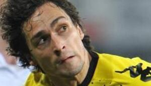 Dortmund ilk kez puan kaybetti
