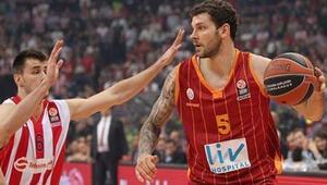 Galatasarayın yıldızı Micov Barcelonaya gidiyor