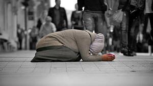 Atalay: Suriyelileri dilencilik yaparken görmekten üzülüyoruz