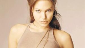 Angelina Jolie 'dünyada en güçlü ünlü' çıktı