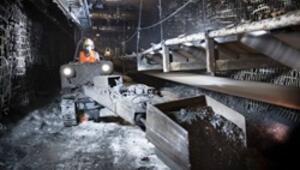 Madencilere kredi kartı eğitimi