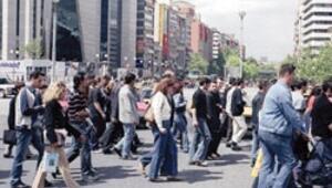 Göçle gelen nüfus kentlilik bilinci geliştiremiyor