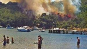 Piknikçilerin çöpü Heybeliada'yı yaktı