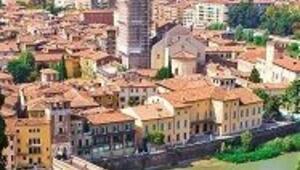 Aşkın başkenti Verona'da, müziğin kanatlarında