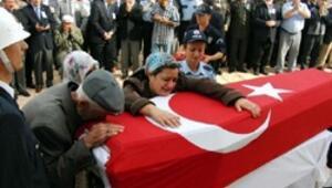 Şehit polis Kadir Alcıoğlu toprağa verildi