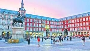 Madrid'de paskalya zamanı