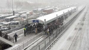 Meteorolojiden kar yağışı uyarısı... Hafta sonu hava durumu nasıl olacak