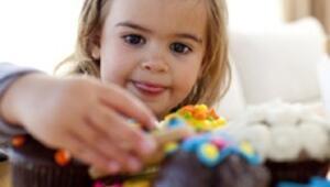 Obezite kızlarda erken ergenlik nedeni