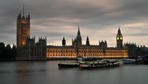İngiltere Parlamento binası düğün mekanı oluyor