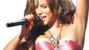 Shakira'dan yeni düet
