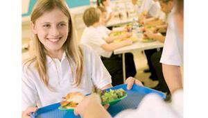 Sağlıksız beslenme büyümeyi geriletiyor