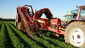 Çiftçilere tarım aracı desteği