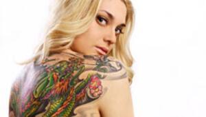 Diyanet: Dövme yaptırmak caiz değil