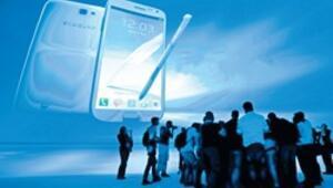 Akıllı telefon satışları 1 milyara koşuyor